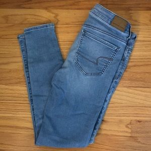Light Wash AE Jeans